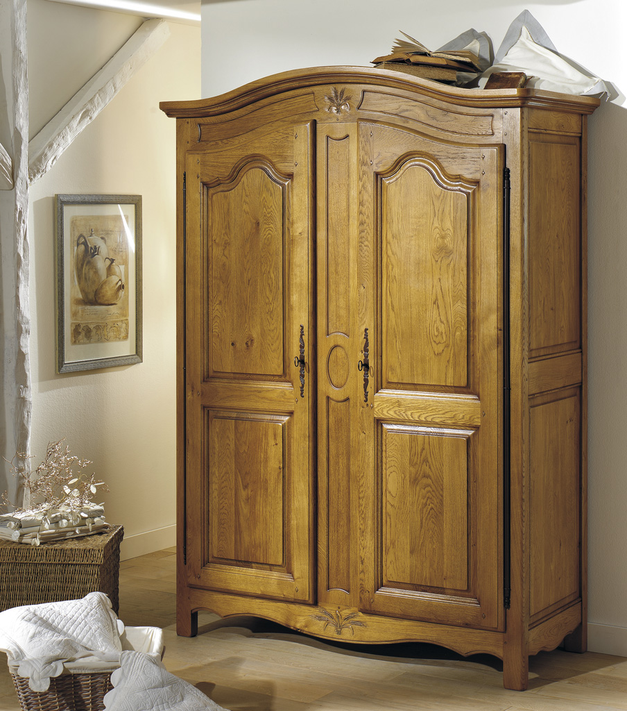 Armoire en chene for Meuble turone