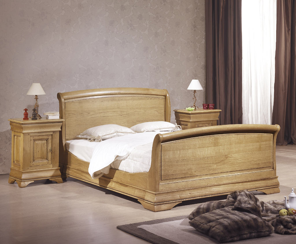 pied de lit en bois. Black Bedroom Furniture Sets. Home Design Ideas